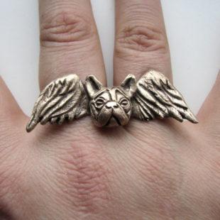 Bulldog angel knuckle ring